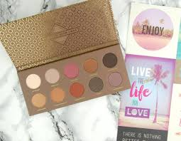 <b>Zoeva Cocoa Blend Eyeshadow</b> Palette review – Swatch and Review