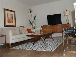 Mid Century Modern Living Room Furniture Living Room Cozy Mid Century Interior Design With Chenille Sofa