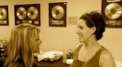 Profiling Tami Olin, Wynonna Judd's Nifty Nashville Assistant - Lindsey  Holder | The Savvy Professional