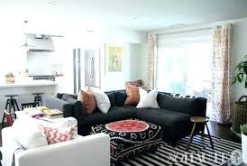 what color area rug goes with grey couch light blue walls and dark gray for brown