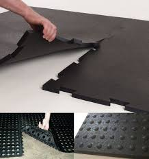 stall flooring horse stalls and flooring stall mats and rubber pavers horse barn stalls horse stalls and flooring