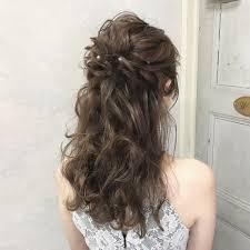 結婚式ヘアはハーフアップで自分でもできるヘアアレンジもあり