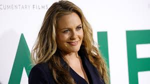 Fanpop community fan club for alicia silverstone fans to share, discover content and connect with other fans of alicia silverstone. Alicia Silverstone Says She S Taking Baths With 9 Year Old Son While In Quarantine Fox News