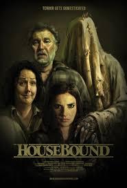 Housebound / Обвързана с дома (2014)