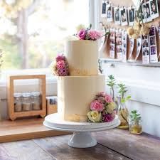 2tier 75inch Vanilla Bean Flavour Cake With Strawberry Buttercream