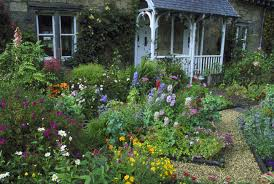 Front Yard Flower Garden Pictures
