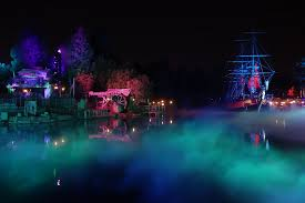 halloween party lighting. Rivers Of America Is Covered In Spooky Fog During Mickey\u0027s Halloween Party. Party Lighting H