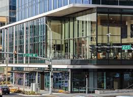 Building home office Sw1p 4df Tristar Capital Rfr Holding Centre 425 Bellevue Schnitzer West Seattle Pt Money Centre 425 Building Home To Amazon In Bellevue Sells For 313mm