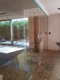 frameless glass doors and side screens to sauna swanse 01
