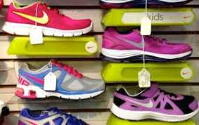 Product And Price Nike Inc S Marketing Mix 4ps Product Place Promotion