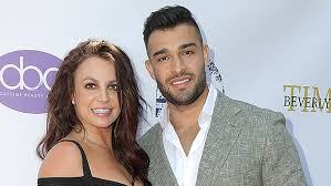 23) to share that he recently came down with, and recovered. Britney Spears S Boyfriend Sam Asghari Is Super Protective Of Her Hollywood Life