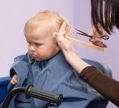 切る切らない赤ちゃんの髪の毛 6ヶ月の娘のヘアカットにチャレンジ