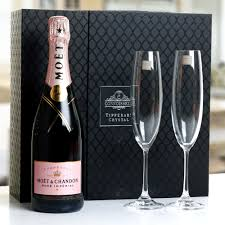 moet chandon rose chagne in crystal flute gift box