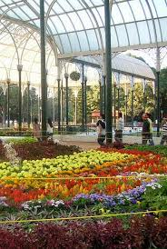nicknamed the jewel of the garden city the glass house is used for flower shows and is a popular tourist attraction