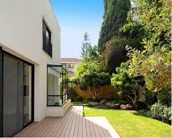 Design ideas for a contemporary landscaping in Other.