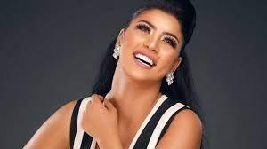 زهرة الخليج - خطوبة الفنانة كارولين عزمي.. وإطلالتها حديث الجمهور