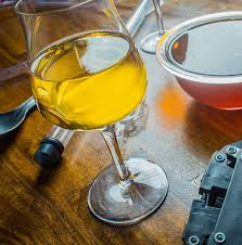a hot area for debate in the mead making munity is whether or not to treat the honey with heat as a means of pasteurization because of the risk of