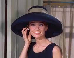 Datei:Audrey Hepburn Tiffany's.jpg ...