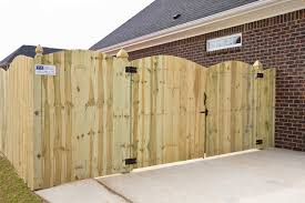 board on board arched front dura gate double frame