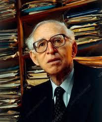 Sir Aaron Klug, British biochemist - Stock Image - H411/0173 - Science  Photo Library