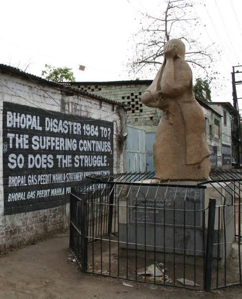Image result for bhopal gas tragedy