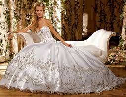 plus size bridal gowns getting a wonderful gown with regard to