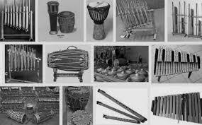 Adapun contoh alat musik dari ansambel campuran ini misalnya terdiri dari pianika, gitar, recorder, dan maracas. Pengertian Musik Ansambel Sejarah Jenis Contohnya