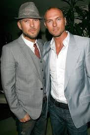 These are the celebrity twins you didn't know existed | Celebrity twins,  Matt goss, Famous twins