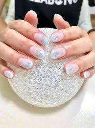 白水色に箔透け感のある涼し気なマーブルお洒落ネイル 大田原市ネイル