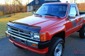 TOYOTA 4x4 PICKUP**22R**A/C!!! **FREE SHIPPING**TIME CAPSULE**