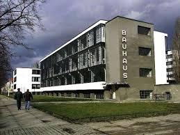Der verkauf ist vor dem fachzentrum. Die Feste Der Bauhaus Kunstler Archiv