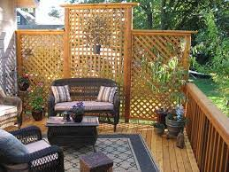 deck that faces neighbors yard