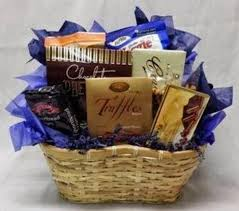 creative pliments gift baskets and flowers