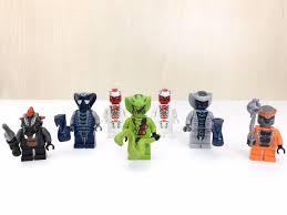 Lego Ninjago Schlangen Figuren Minifiguren in 80937 München for €8.00 for  sale