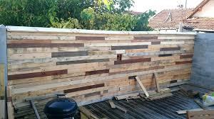 Perfect Habillage Mur Exterieur Bois Planche Pour Habiller Un Mur Bardage Palette  Bardage Bois Sur Mur Parpaing