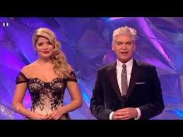 Holly willoughby has smashed it once again with her dancing on ice dress on sunday 3 february. Holly Willoughby Dancing On Ice Dress With A 1930 S Vibe Youtube
