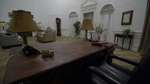 oval office desk. Oval Office Desk In White House Room