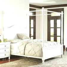 Storage Canopy Bed Wake Up To Beautiful Surroundings In The Canopy ...