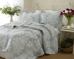 best blue quilts and coverlets ease