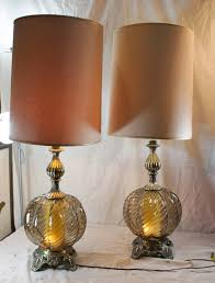 weirdly dark lamps