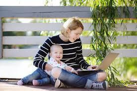 Babysitters Online Free Parents Are Going Online To Find Babysitter Referrals