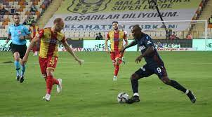 Süper Lig: Yeni Malatyaspor: 1 - Trabzonspor: 4 (İlk yarı) - Malatya  Haberleri