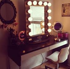 White Vanity Table With Lighted Mirror 50 Makeup Vanity Table With Lights Youll Love In 2020