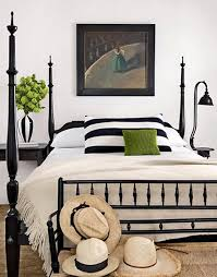 Bookshelves: Brilliant Black And White Traditional Bedroom With ...