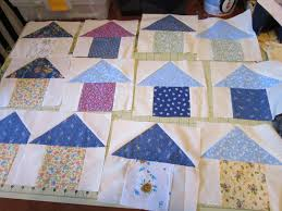 Missy's Homemaking Adventures: Birdhouse Quilt Progress & This has been a learning process for me and several of my friends. It is  going to be a bird house quilt. Here are a few of the finished birdhouses. Adamdwight.com
