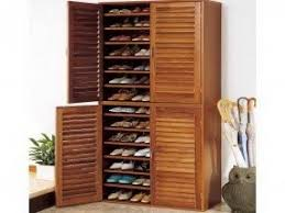 Large shoe cabinet with doors