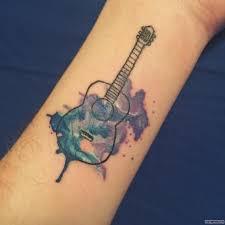 гитара тату на запястье у девушки добавлено иван вишневский