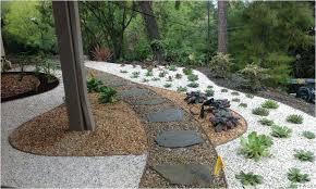 Gravel Garden Design Stunning Gravel Front Yard Rock Garden Designs Front Yard Pea Gravel Front
