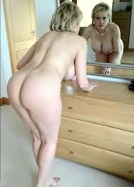 Mature beautiful porn photo
