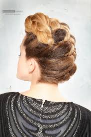 pin up hairstyle back view